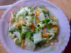 Sayur segar sebagai salah satu pilihan masakan Tiram